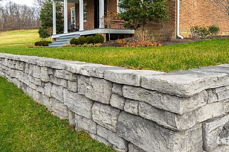 Rosetta® Belvedere Coping - Charcoal